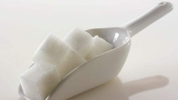 Компании РФ с высокой долей госучастия смогут импортировать льготный сахар