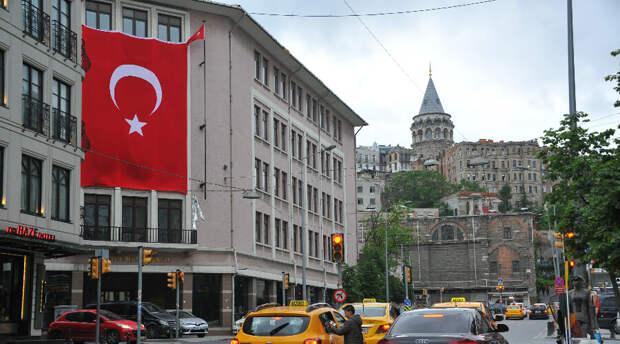 Турция отменяет строгий локдаун. Действие комендантского часа сохраняется