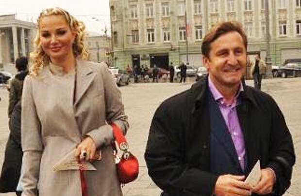 Друг семьи Максаковой: Вороненкова убил бывший муж Маши, чтобы вернуть её домой