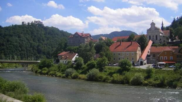 Словения выразила готовность стать площадкой для переговоров Путина и Байдена