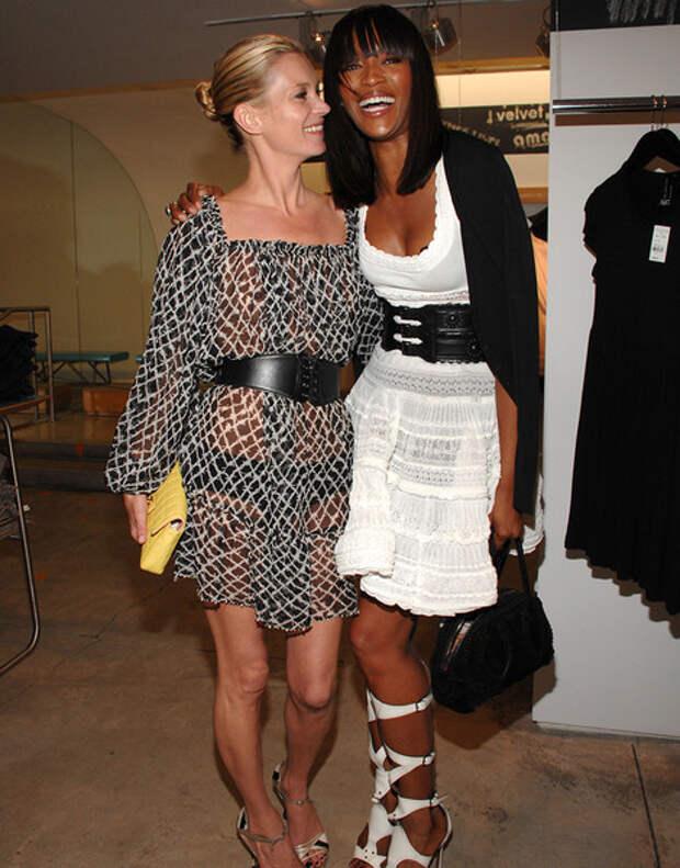 Girls Power: дружба Кейт Мосс и Наоми Кэмпбелл в 20-ти фотографиях | галерея [1] фото [11]