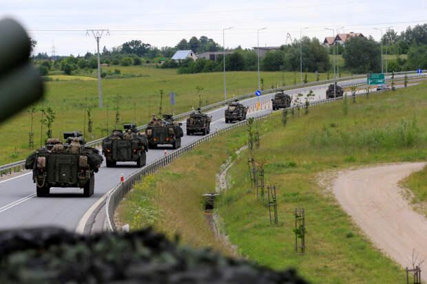 Иванов: НАТО стягивает войска к границам России, чтобы начать войну