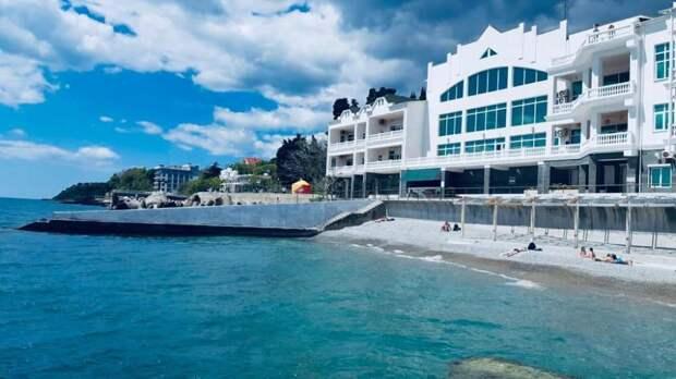 Минкурортов Крыма провело рейд по подготовке пляжей к курортному сезону в городском округе Ялта