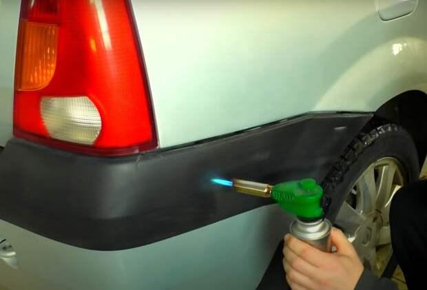 Отличный способ вернуть неокрашенному пластику автомобиля заводской чёрный цвет