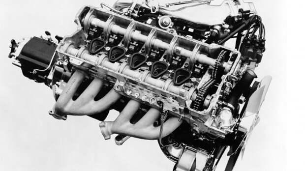 Mercedes-Benz готовит рядные шестицилиндровые моторы