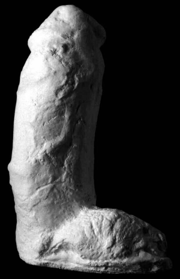 Впогоне зазвездными пенисами, или Чем знаменита Синтия «Гипсолитейщица» Албриттон
