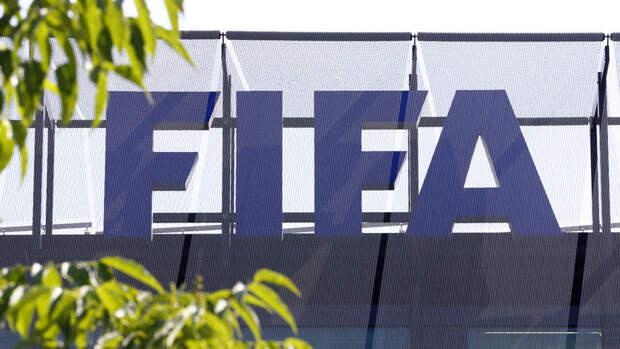 ФИФА окажет финансовую помощь российским футболистам