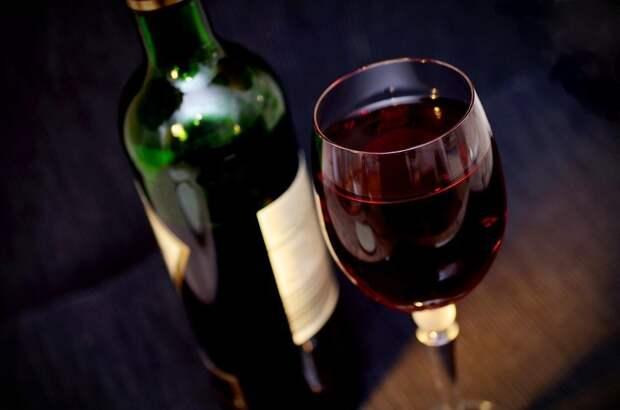 Совфед одобрил повышение акцизов на вино с 2020 года