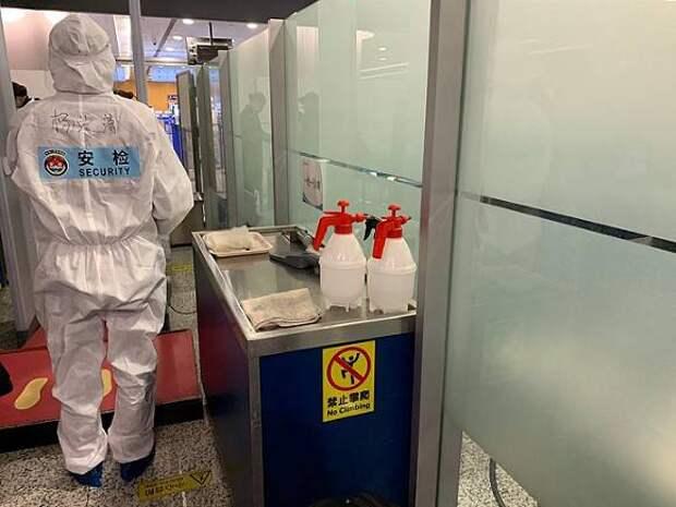 Власти Китая назвали ложью сообщения о таинственном заражении трех вирусологов до вспышки коронавируса