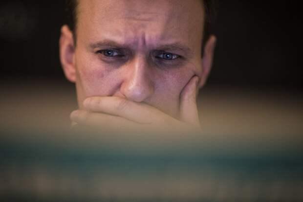 Навального арестуют в день возвращения в Россию