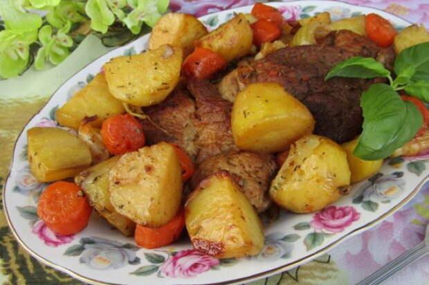 Молодая картошка с мясом в рукаве – Вкусно и Душисто