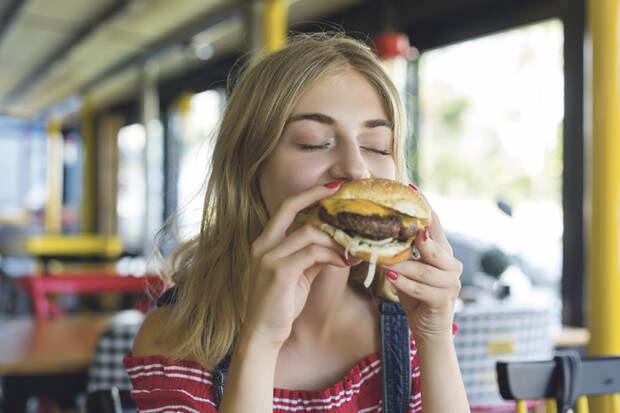 Что будет, если есть сало каждый день: мнение диетолога