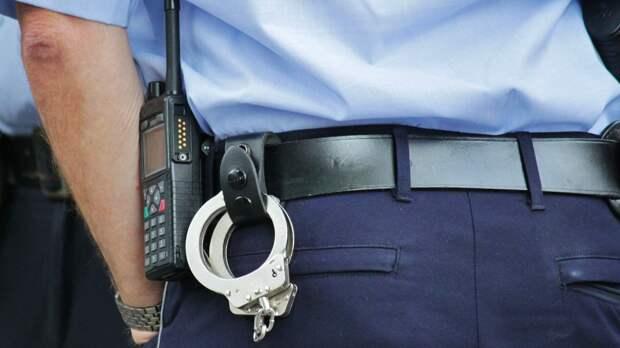 Агрессивная мать сломала ключицу инспектору ПДН во время проверки