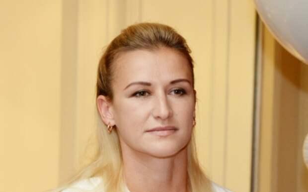 Татьяна Волосожар показала фанатам снимок из роддома
