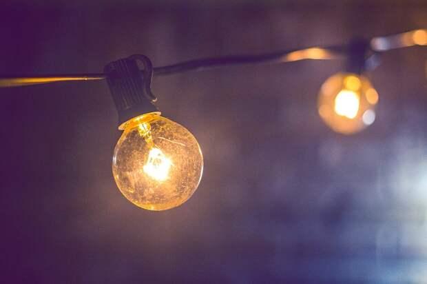 В доме на Полярной улице заменили лампу