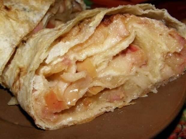 Яблочный рулет из лаваша: вкуснейший осенний десерт за 15 минут из самых обычных продуктов