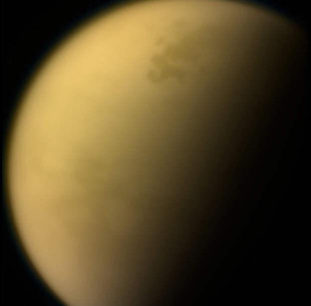 Галактические космические лучи влияют на атмосферу Титана