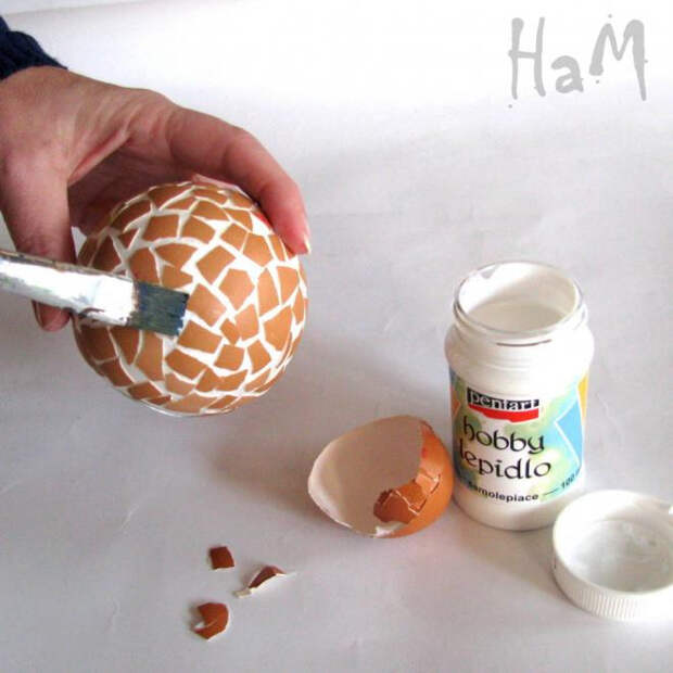 Подсвечники из пенопласта с мозаикой яичной скорлупой (3) (660x660, 218Kb)