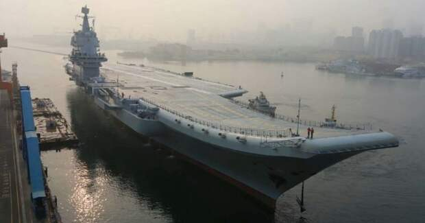 Как Китай догоняет США в деле вооружения авианосцев