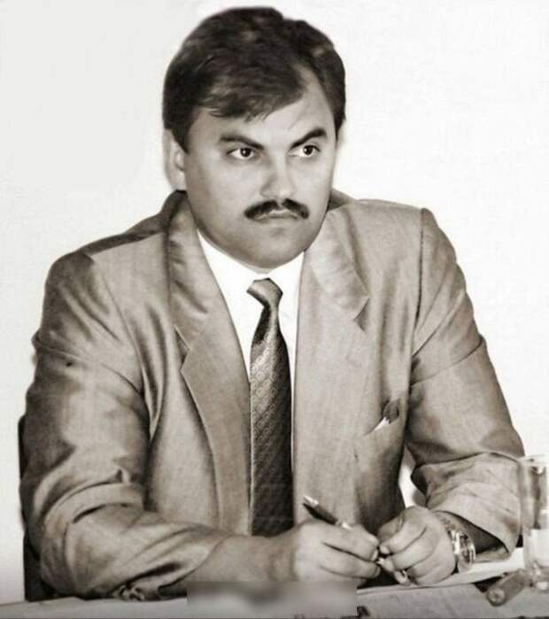 Зампред Саратовской областной Думы Вячеслав Володин, Саратов, 1995 год.