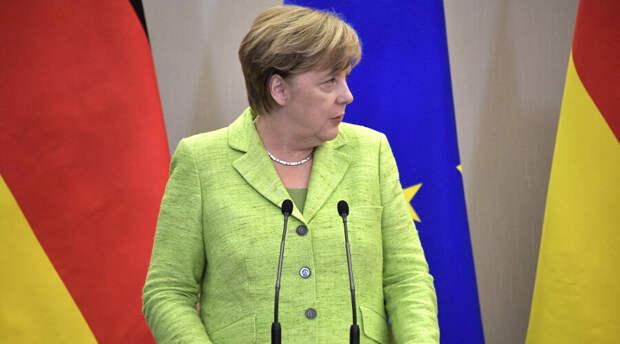 Без оглядки на санкции: Меркель призвала запустить «Северный поток-2»