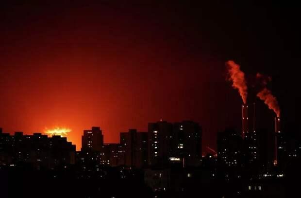 Последствия обстрела израильского города сняли на видео