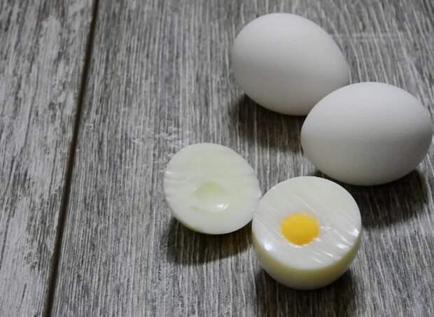 Оказывается, и яйца всю жизнь свою сознательную варил неправильно. Расскажу, как надо и почему