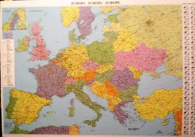 В Венгрии украинские дипломаты «вылавливают» карты без Крыма и Одессы