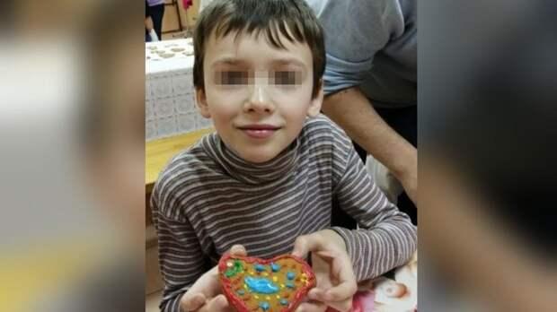 Десятилетний мальчик вышел из школы в Петербурге и пропал