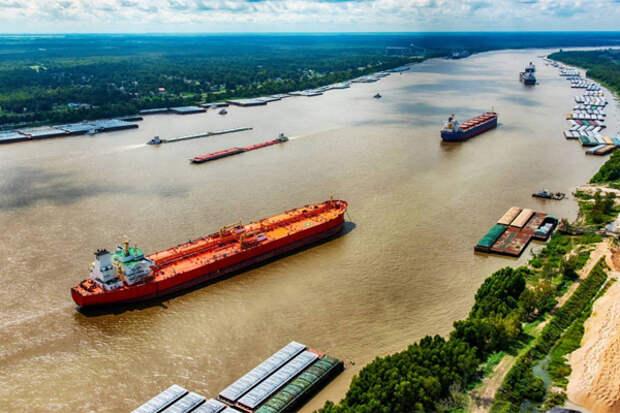 Транспортный коллапс на Миссисипи может повторить суэцкий