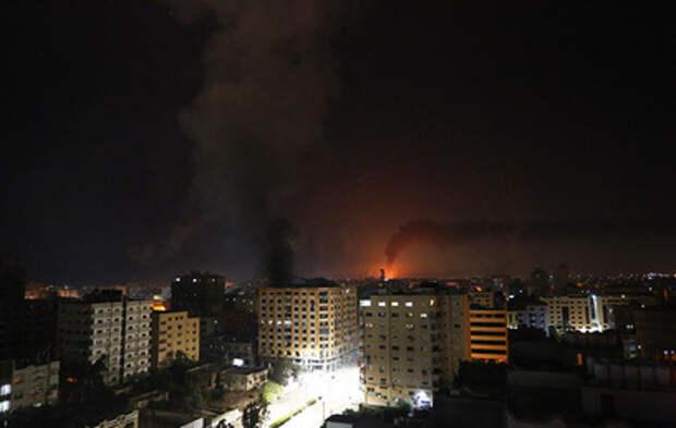 Жители Тель-Авива провели ночь в бомбоубежищах
