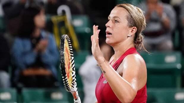 Павлюченкова проиграла Мугурусе в 1/8 финала турнира в Мельбурне