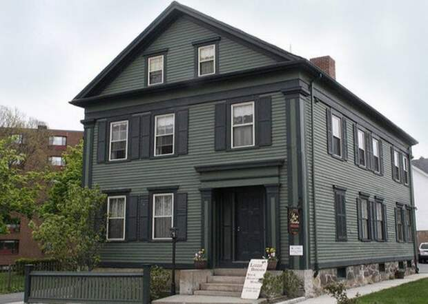 Дом с привидениями Лиззи Борден.