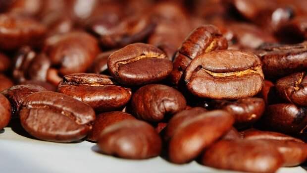 Кофейный скраб справится с шелушениями