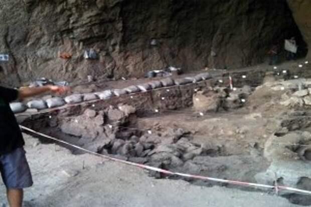 Пещера Арени 10