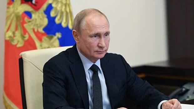Путин заявил об уверенном выходе России из пандемии