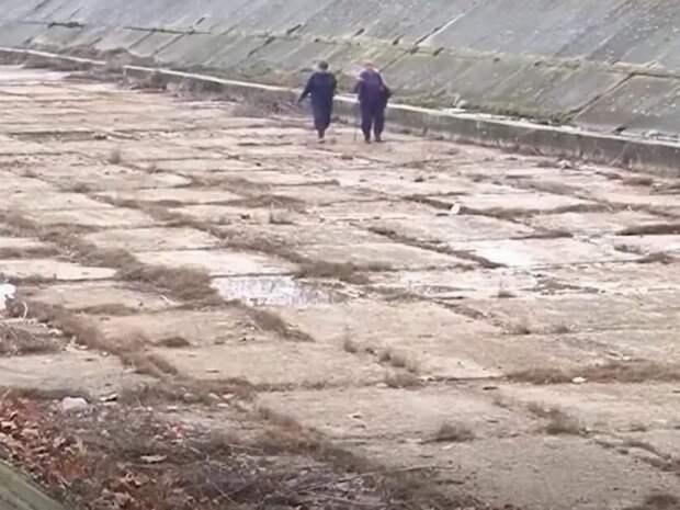 """""""Назло маме отморозим уши"""": блокада Северо-Крымского канала оставила без воды часть Украины – опубликовано видео"""