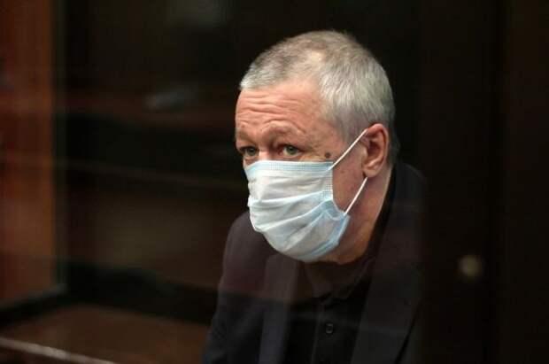 Адвокат рассказал, что Ефремов помолодел в колонии
