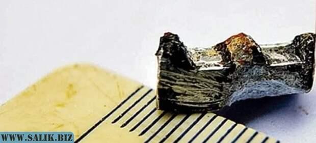 Зубчатое алюминиевое колесо из куска угля возрастом 300 миллионов лет