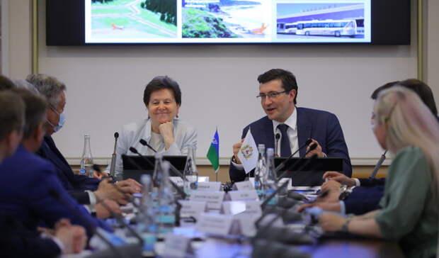 Доплыть доглуши: проект «плавучей поликлиники» обсудили Никитин иКомарова