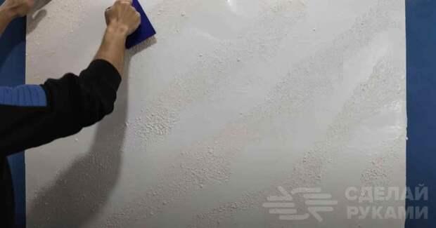 Оригинальный способ декорирования поверхности стены: стильный и дешевый — из обычной шпаклевки