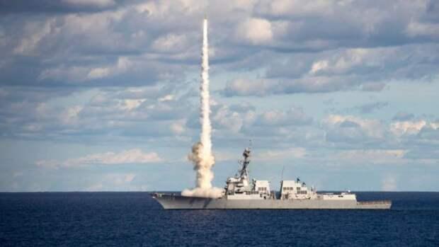 «Появление американцев изменит баланс сил»: украинский адмирал понадеялся на помощь США из-за мер России в Азове