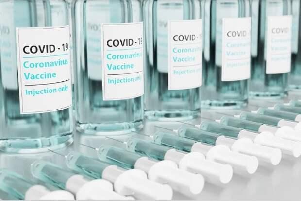 В Китае одобрена еще одна вакцина от COVID-19 для экстренного использования