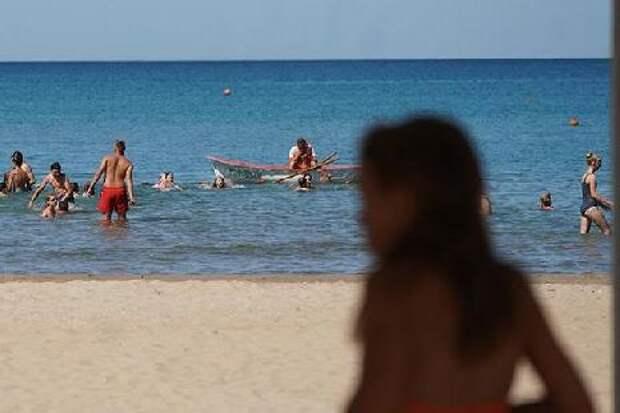 Стали известны сроки начала купального сезона в России