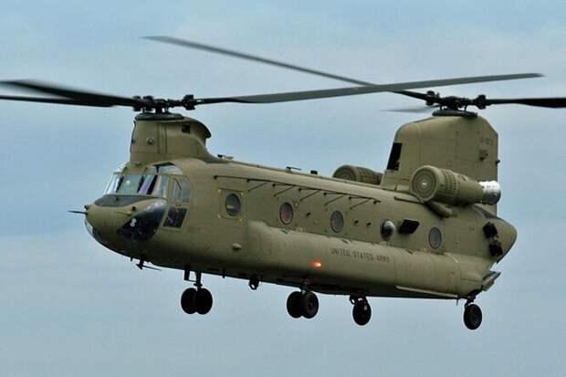 Американский тяжелый вертолет CHF-47 Chinook предназначен для транспортировки войск, артиллерии, оборудования и различных грузов. Несмотря на громоздкий вид, это достаточно шустрый аппарат с максимальной скоростью 282 км/час.