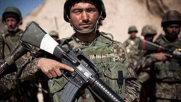 Переодетый в военную форму боевик расстрелял американских советников в Кабуле