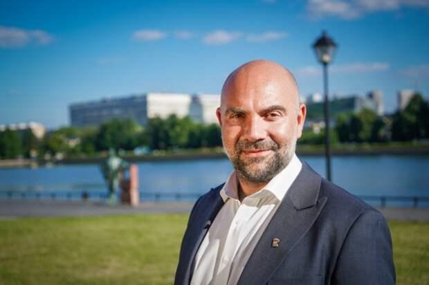 Баженов поддерживает идею открытия спортивно-досугового центра в Ростокино. Автор фото: Максим Манюров