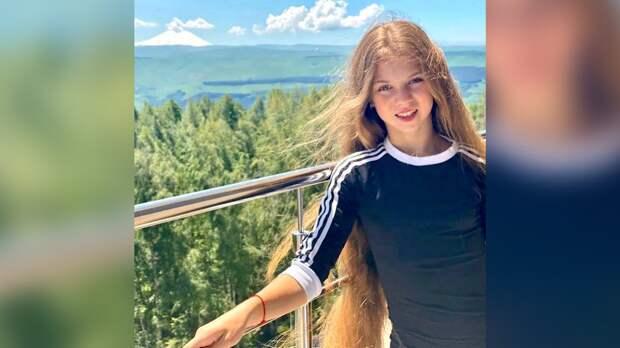 Трусова выложила фото сТитовой иЖилиной нафоне Эльбруса