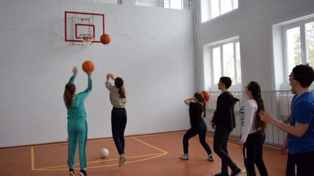 Андрей Захаров посетил Кумовский сельский дом культуры