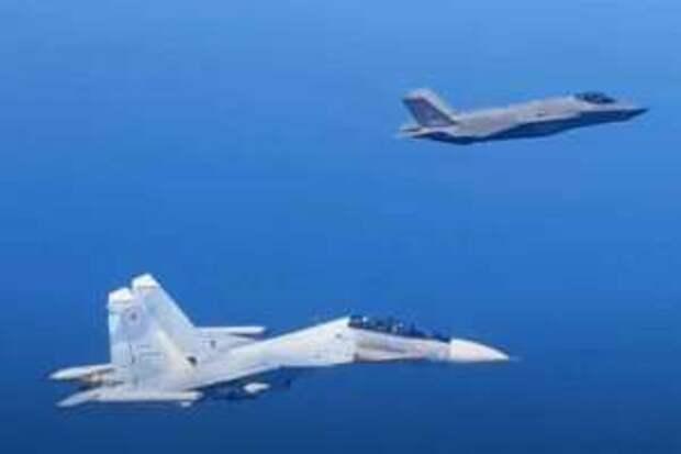 Над Балтикой российские комплексы РЭБ дезориентировали истребитель НАТО F-35